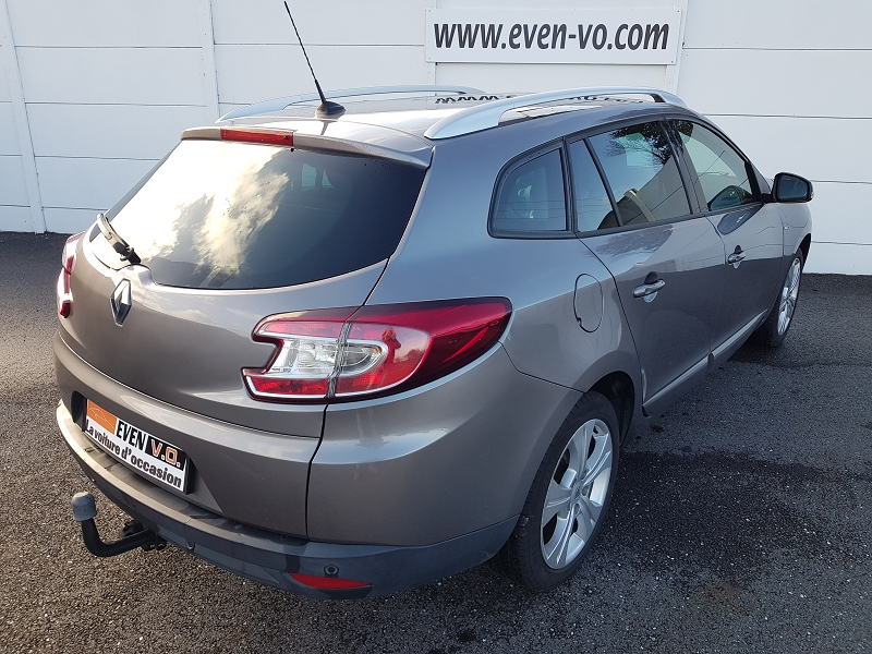 Photo 2 de l'offre de RENAULT MEGANE ESTATE 1.5 DCI 110CH ENERGY FAP BOSE ECO² à 7000€ chez Even VO