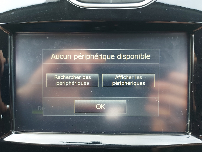 Photo 11 de l'offre de RENAULT CLIO IV STE 1.5 DCI 75CH ENERGY AIR MEDIANAV à 7500€ chez Even VO