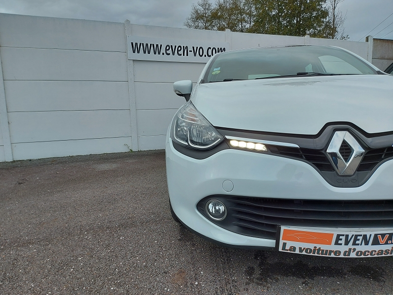 Photo 19 de l'offre de RENAULT CLIO IV STE 1.5 DCI 75CH ENERGY AIR MEDIANAV à 7500€ chez Even VO