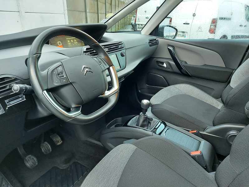 Photo 3 de l'offre de CITROEN C4 PICASSO BLUEHDI 120CH BUSINESS + S&S 94G à 15000€ chez Even VO