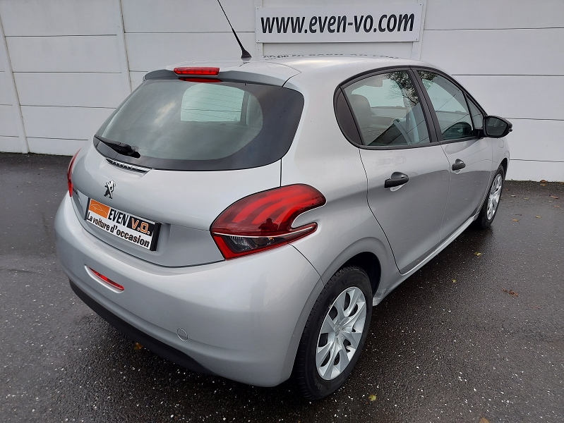 Photo 2 de l'offre de PEUGEOT 208 AFFAIRE 1.6 BLUEHDI 75CH PREMIUM à 7500€ chez Even VO